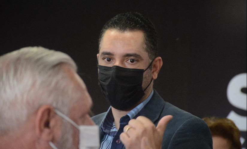 Criminosos clonam WhatsApp até do prefeito Marquinho, de São Pedro do Turvo