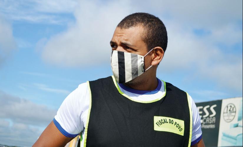 MP investiga Juninho por usar o brasão de Santa Cruz em 'uniforme'