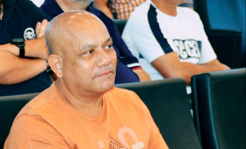 Radialista Roger Garcia está intubado e em estado grave na Santa Casa