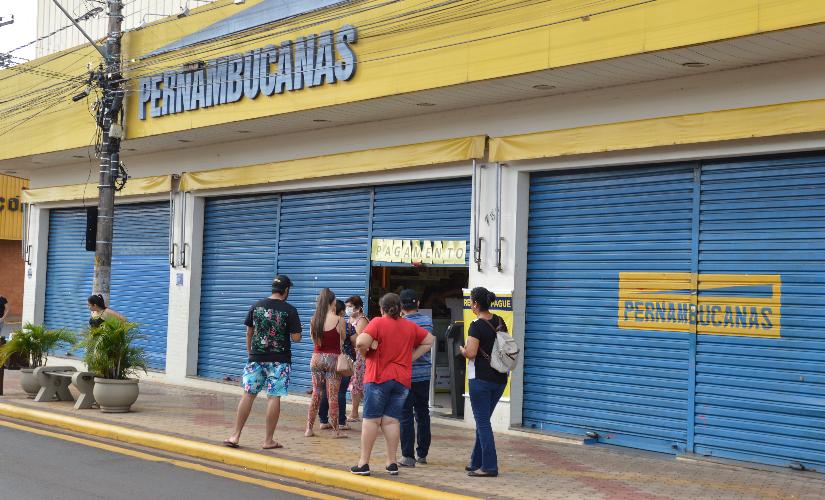 Procon notifica Pernambucanas por cobrar seguro não contratado