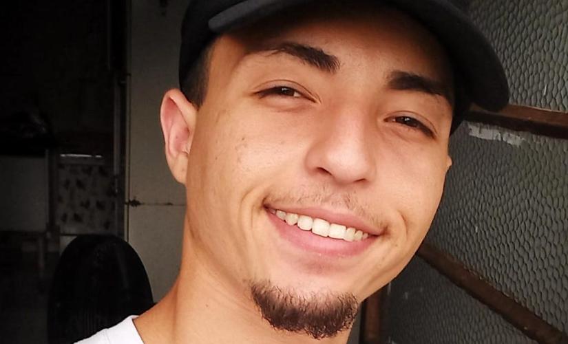 Grupo de motoqueiros faz homenagem a jovem de Santa Cruz que morreu em acidente