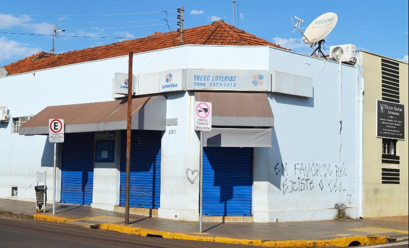 Com funcionários contaminados, lotérica de Santa Cruz suspende atendimento