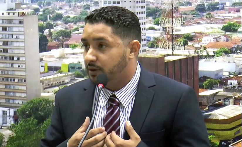 Vereador diz que UPA de Ourinhos é um 'matadouro' que 'trata as pessoas como lixo'