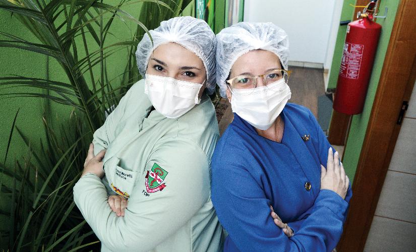 Na pandemia, dentistas atendem 'em domicílio'