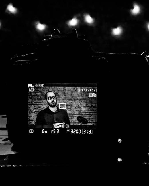 Câmera filma Ranieri durante culto online