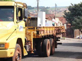 LIMPEZA — Em Santa Cruz do Rio Pardo, dois mutirões de limpeza já foram realizados neste ano
