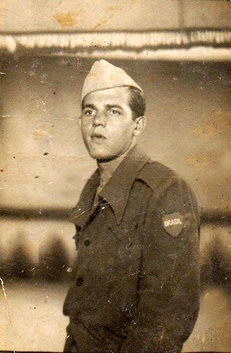Foto de Antônio Vidor em 1943, quando foi convocado pela FEB