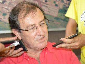 CONFRONTO — Otacílio quer que a Sabesp cumpra o que foi combinado em 2014, quando assinou o convênio
