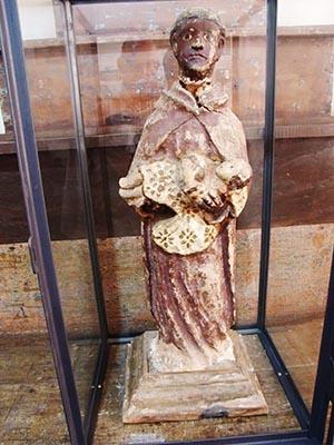 Imagem foi esculpida no século 19, segundo avaliação
