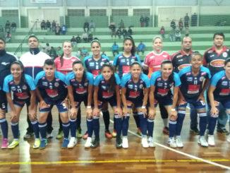 Em Garça, as meninas de Santa Cruz do Rio Pardo conquistaram a vaga para mais uma final