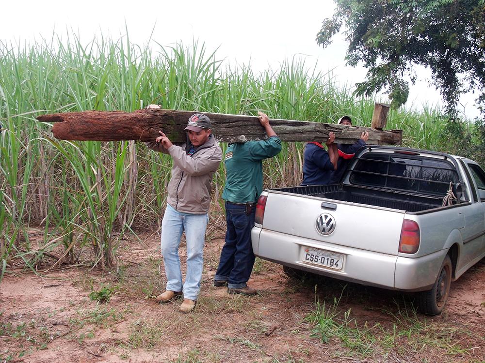Cruzeiro da extinta Tupá é retirado para a restauração