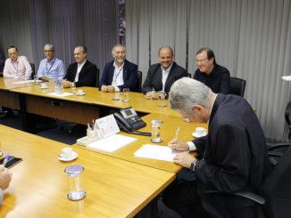 Presidente da Sabesp, Jerson Kelman, recebeu Otacílio e o deputado Madalena em seu gabinete, em São Paulo