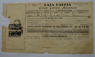 Duplicata de 1952 está emoldurada em quadro