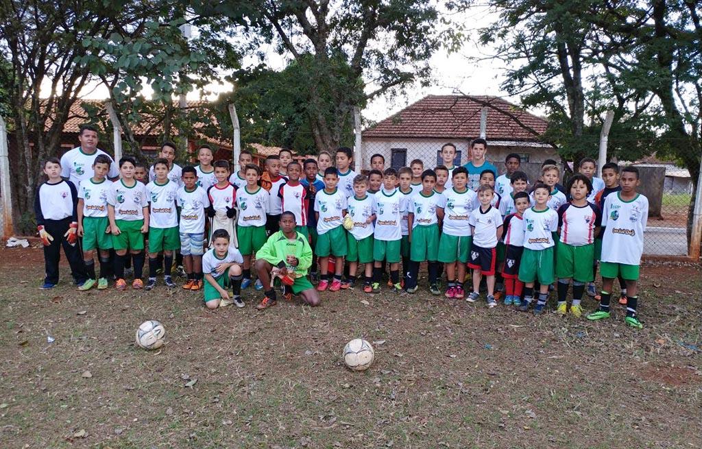 FUTUROS CRAQUES — Escolinhas ganharam recursos com os projetos financiados por leis de incentivo