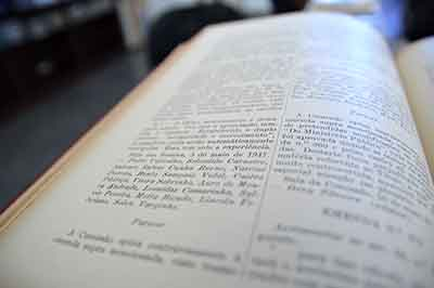 Edição de 1947 relata os trabalhos do deputado santa-cruzense Leônidas Camarinha