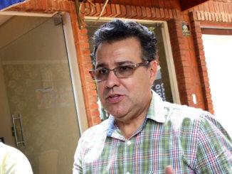 O deputado Capitão Augusto (PR) se reuniu com políticos e imprensa para um café em Santa Cruz
