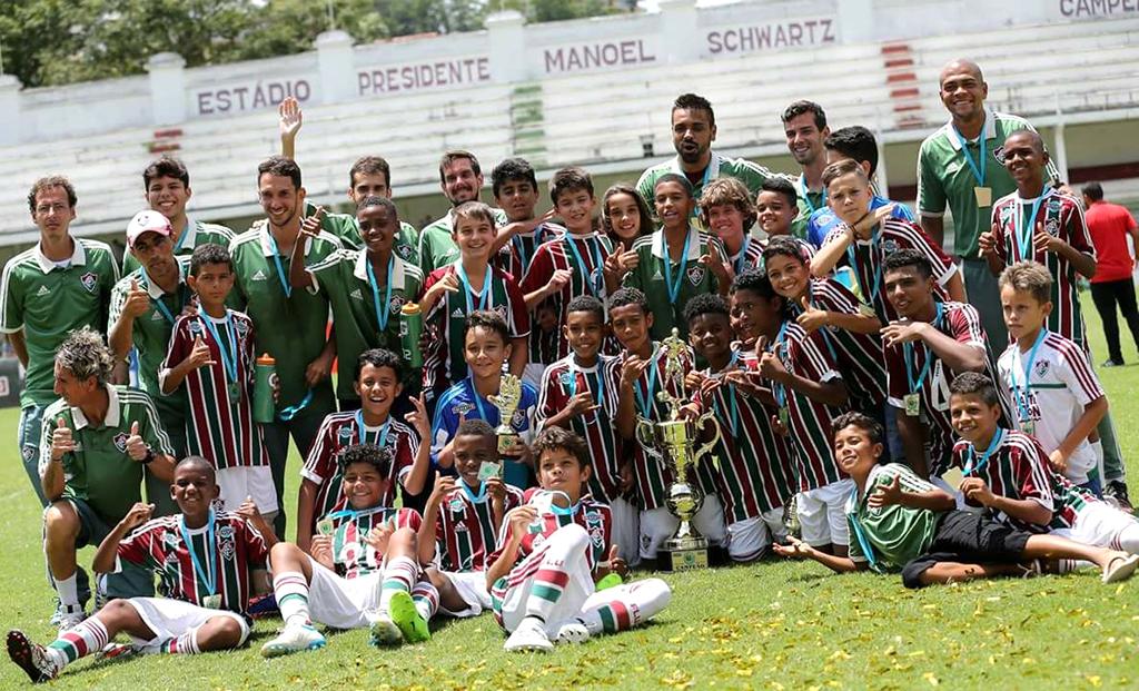 PRIMEIROS TÍTULOS — Cristian já conquistou o título do Sub-11 jogando pelo Fluminense do Rio de Janeiro