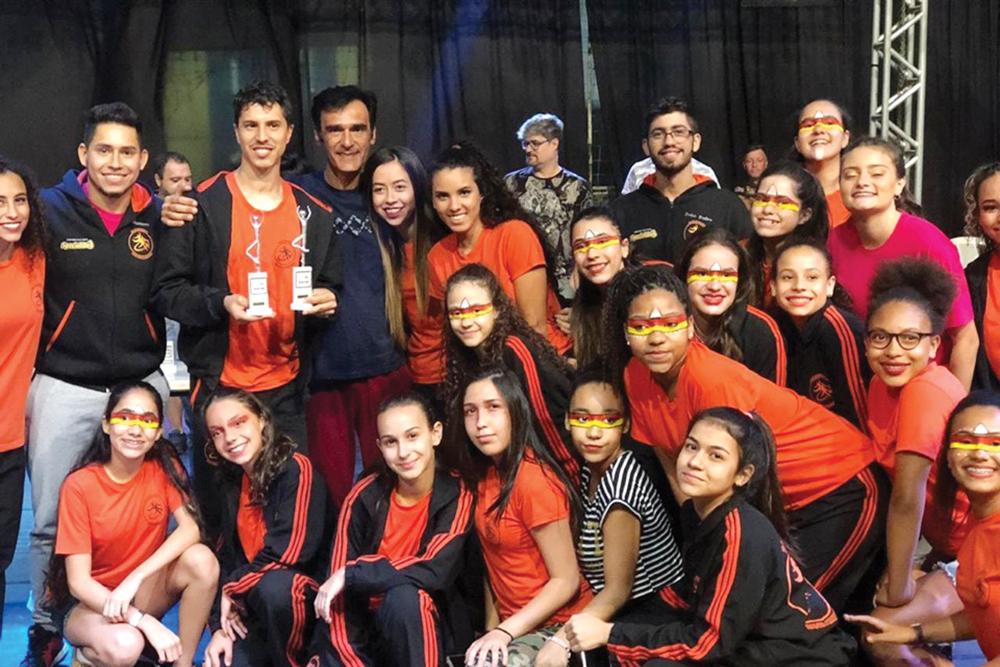 Balé de Santa Cruz conquista vaga para competição na Itália