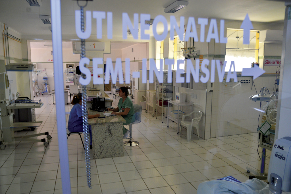 'Diretoria deixou hospital atolado em dívidas', afirma diretor-clínico