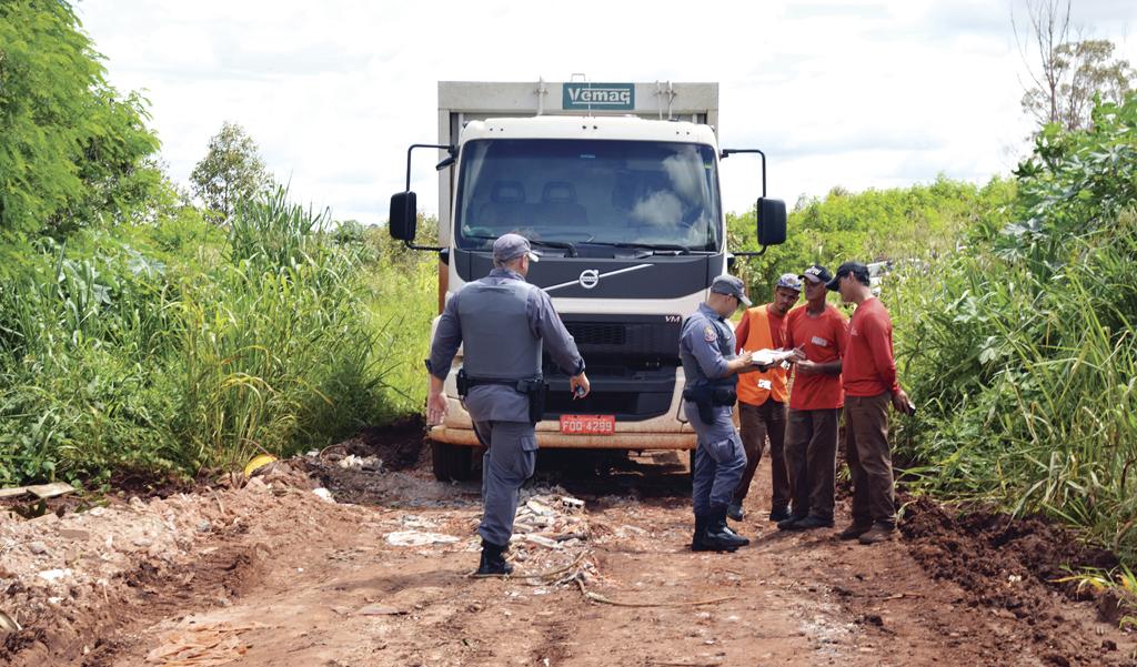 Otacílio Parras mantém serviço do lixo com empreiteira