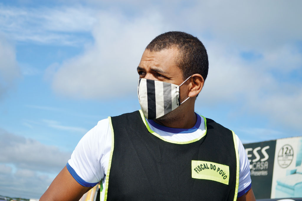 Vereador é multado após gravar vídeo sem máscara